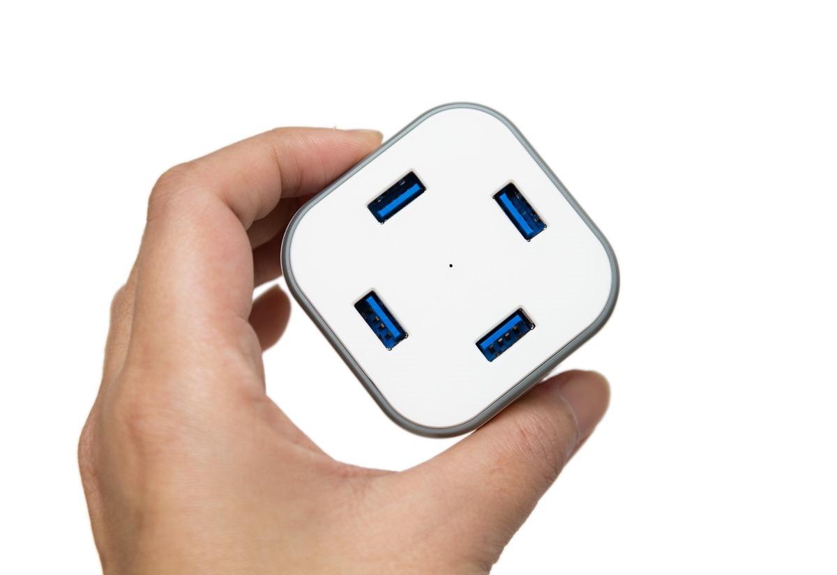 是充電器也是集線器!anidees 安億迪 AI-CUBE 4USB 充電傳輸供應器!一個就搞定! @3C 達人廖阿輝