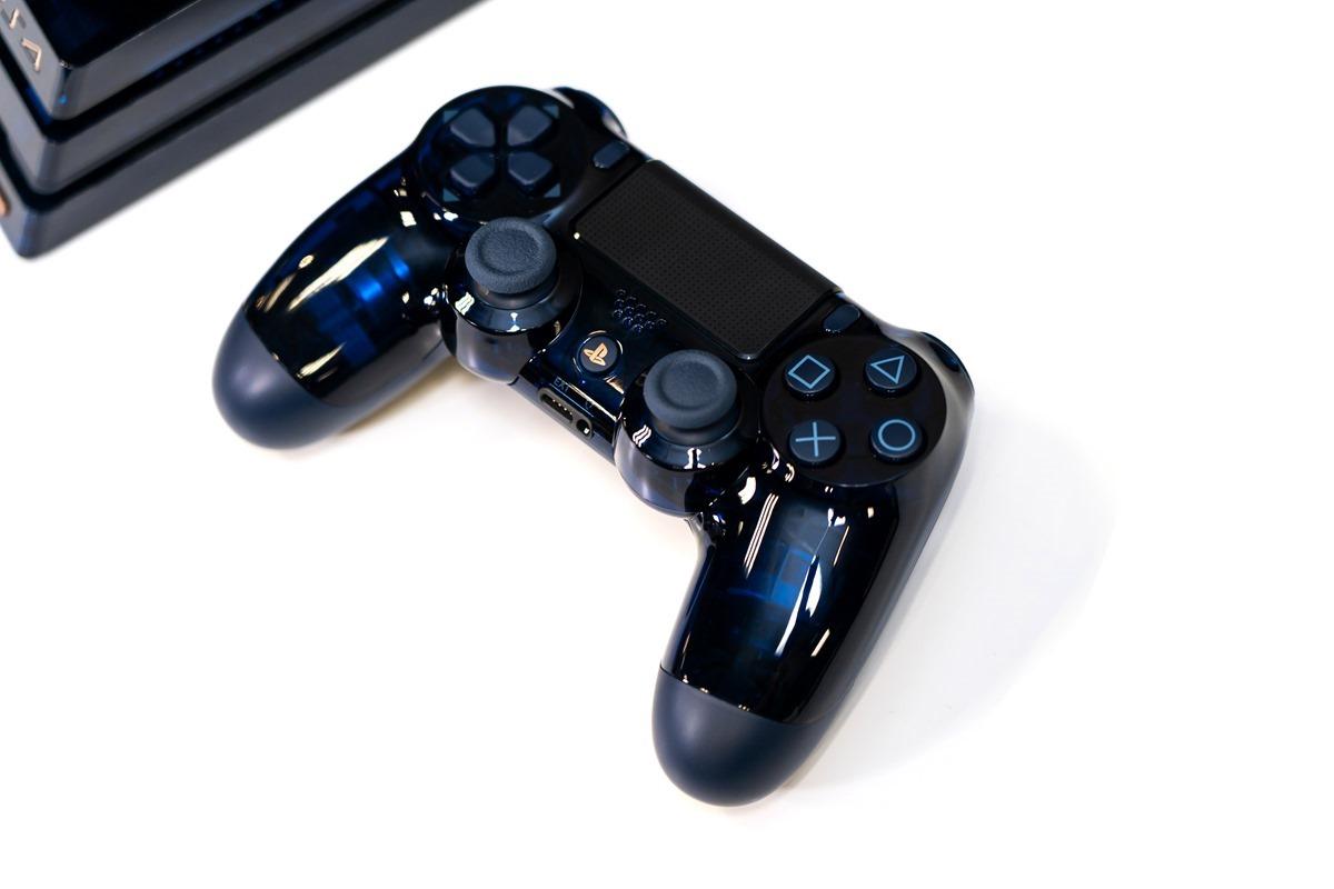 [開箱分享] PlayStation 4 Pro 500 Million Limited Edition 限量款主機!超想要!透明超美 unboxing @3C 達人廖阿輝