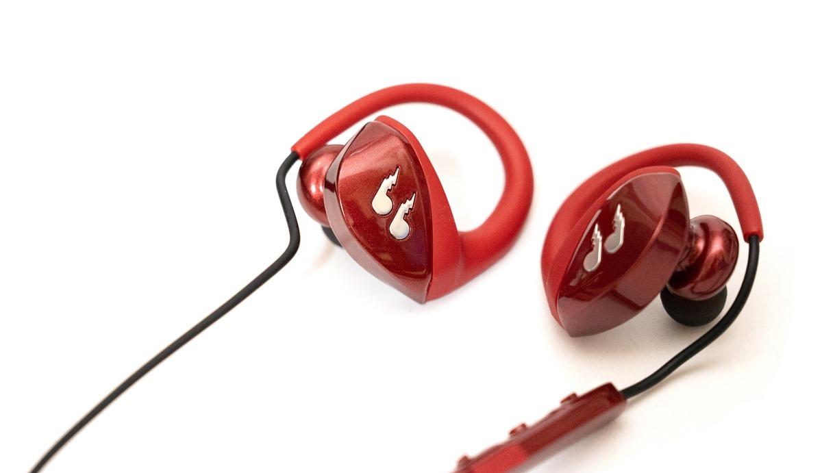 長效電力!終身保固!功能完整又更重視可靠的 bliiq 蜂鳥藍牙運動耳機 @3C 達人廖阿輝