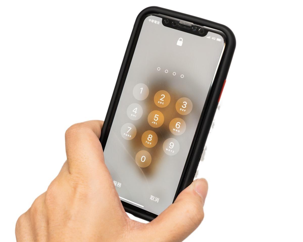 幫 iPhone Xs/ Xs Max 尋找保護週邊?!RhinoShield 犀牛盾 Mod NX / CrashGurad NX / SolidSuit 保護殼開箱分享 (邊框背蓋兩用 / 防摔邊框 / 軍規保護) @3C 達人廖阿輝