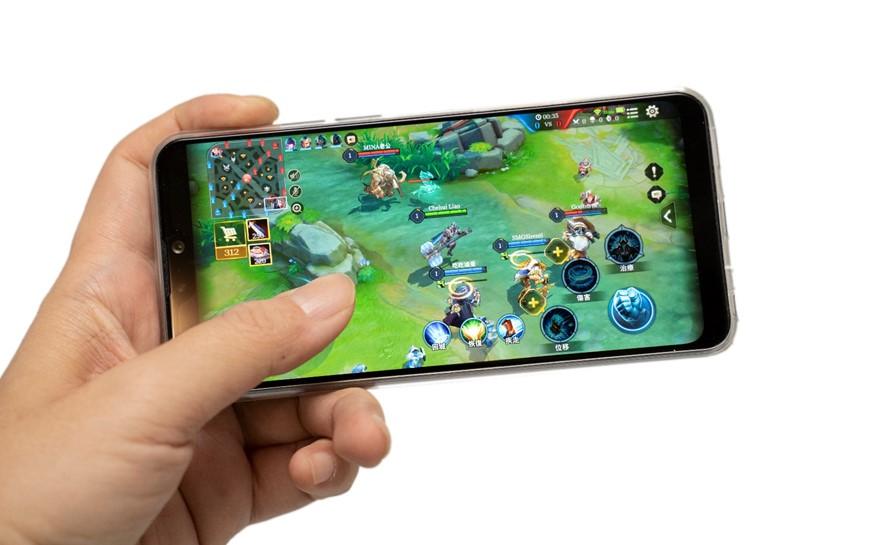 新性能電力怪獸 ASUS ZenFone Max Pro (M2) 更強更快更好看!玩好玩滿 48 小時! @3C 達人廖阿輝