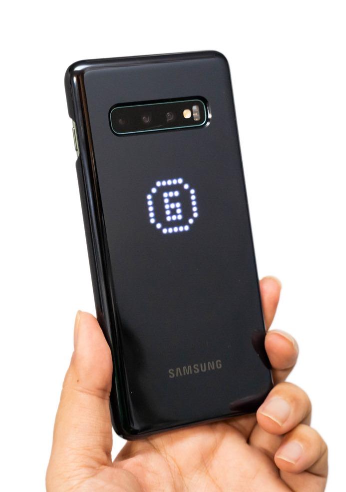 幫 Galaxy S10/S10+/S10e 找保護殼?超有趣的三星原廠 LED 智能背蓋開箱分享 @3C 達人廖阿輝
