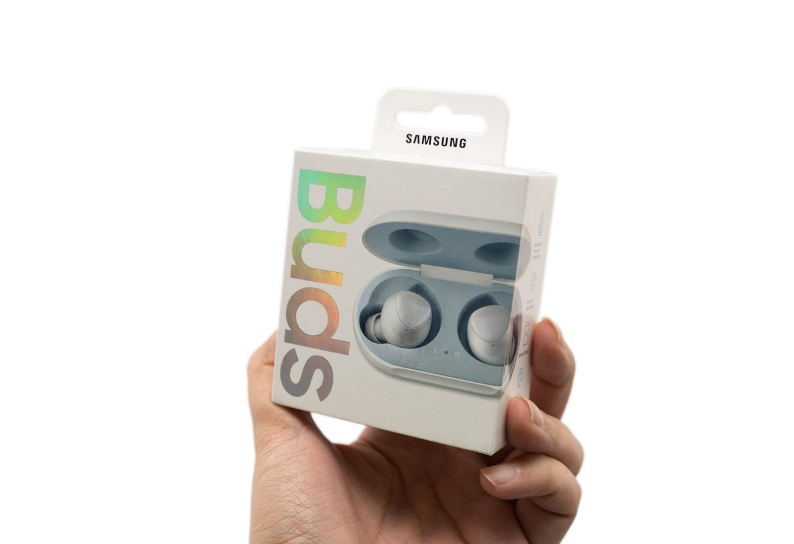 更輕巧的 Samsung Galaxy Buds 真無線耳機!還有無線充電真是手機好夥伴! @3C 達人廖阿輝