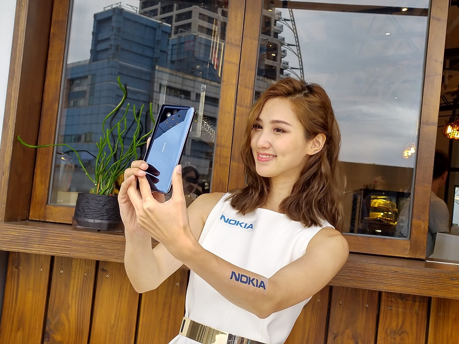 強力中階機襲來 Nokia X71 評測!超廣角三鏡頭更好拍!開孔全螢幕更美麗! @3C 達人廖阿輝