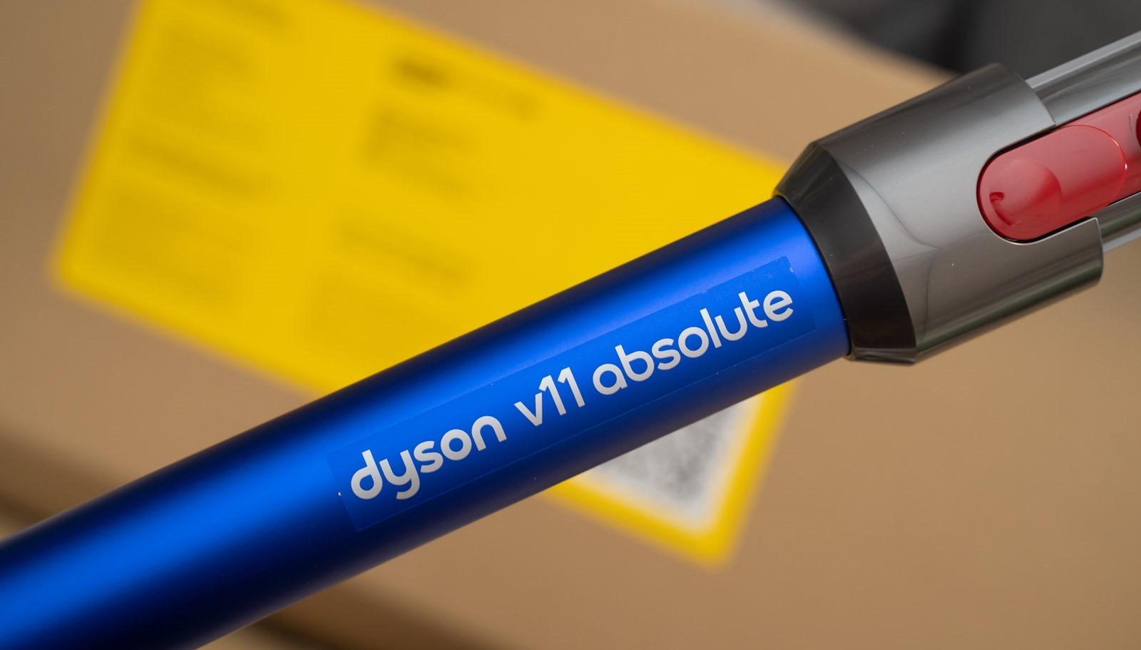 Dyson V11 再次自我超越!乾淨、強效、潔淨、電力強,且不同材質地面不用再手動調整模式,吸力增強 20%、一小時清掃不間斷 @3C 達人廖阿輝
