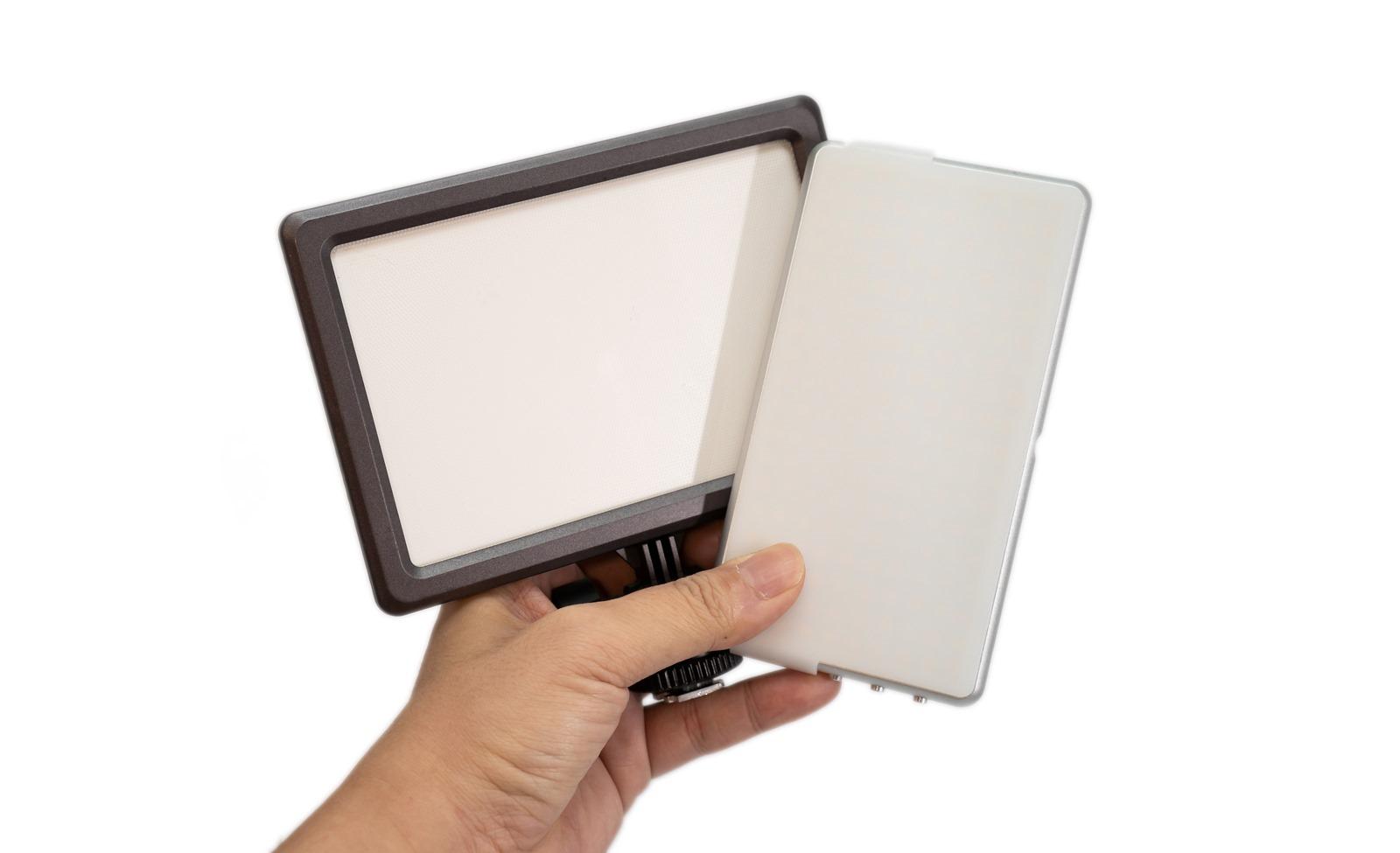 超小巧攝影補光神器!和手機一樣大的 sidand STD-X180LED 攝影燈開箱! @3C 達人廖阿輝
